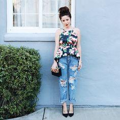 cc775582330 ellajboutique s photo on Instagram Peplum top Floral top Boyfriend jeans  One Teaspoon
