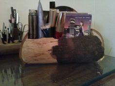 Log make up holder