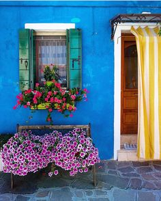 I want my front house to be like this! Venice, Italy