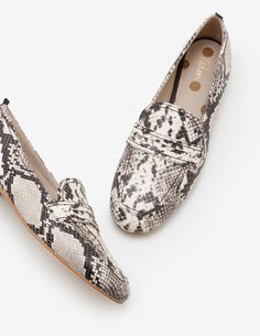 Georgina Loafers Natural Women Boden, Natural from Boden :: Buy from Boden on The UK High Street Shoe Bin, Top Stylist, Spring Summer Trends, Natural Women, British Style, My Bags, Soft Leather, Shoe Boots, Women's Shoes