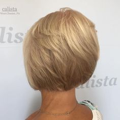 Creamy Blonde Layered Bob- a good inspiration for growing my hair out Hairstyles Over 50, Modern Hairstyles, Short Hairstyles For Women, Bob Hairstyles, Gorgeous Hairstyles, Bob Haircuts, Medium Layered Haircuts, Medium Hair Cuts, Short Hair Cuts