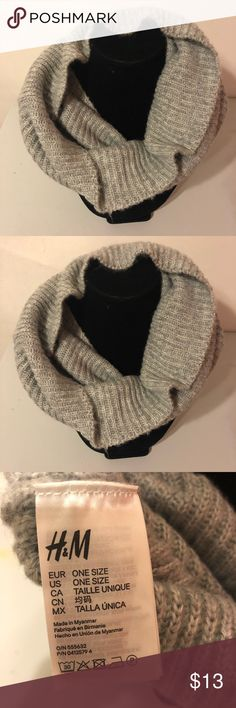 5dc95368884 H M infinity scarf 🧣 H M infinity scarf 🧣 in gray ! Worn once ! No wear