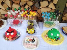 Angry Birds Pinata Cake and Cake Pops