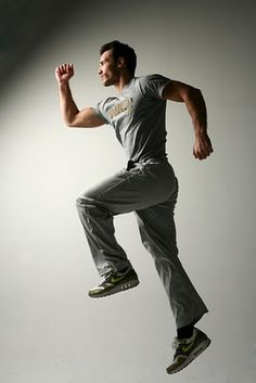 get a personal training session with our exclusive trainer Dimitris Moros, owner of fitnessart.gr