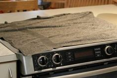 Узнав, зачем хозяйка накрыла плиту влажными полотенцами, ты побежишь на кухню, чтобы сделать так же… – БУДЬ В ТЕМЕ