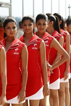 Grid girls.   Formula One World Championship, Rd 17, Indian Grand Prix, Buddh International Circuit, Greater Noida, New Delhi, India, Qualifying Day, Saturday, 29 October 2011