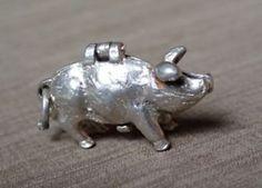 Silber-Charm-Anhaenger-Schwein-aufklappbar-Jugendstil Shops, Piggy Bank, Ebay, Pork, Art Nouveau, Silver, Tents, Money Box, Retail