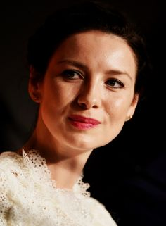 """myaccueill: """"samsonb7: """" lulu-tan79: """"  Caitriona Balfe, Outlander   Nominee, Best Performance By An Actress In A TV Series – Drama """" …..wins!! My typing today is 😝! """" """""""