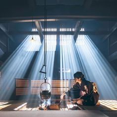 Photo by Hiroki Nose ( sheds light on a traditional Japanese scene for Traditional Japanese House, Japanese Modern, Japan Guide, Tokyo, Japanese Interior, Stage Lighting, Japanese Culture, Studio, Cool Pictures