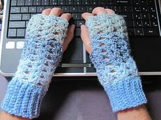 Free Crochet pattern fingerless gloves