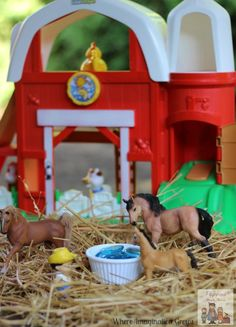 Simple Farm Small World Sensory Activity for Kids | Where Imagination Grows