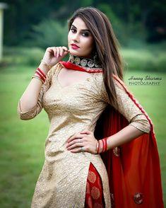 Nijjer Salwar Suits Party Wear, Punjabi Salwar Suits, Punjabi Dress, Designer Punjabi Suits, Indian Designer Wear, Pakistani Dresses, Indian Dresses, Indian Outfits, Patiala