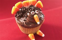 Turkey Cupcake Recipe | Thanksgiving Desserts | Betty Crocker