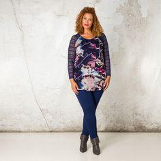 Dit moderne shirt heeft mouwen van kant. De print is gedrukt op mesh en heeft sprankelende kleuren. Dit item is gevoerd zodat u dit shirt zonder een o... Bekijk op http://www.grotematenwebshop.nl/product/shirt-van-x-two-voor-vrouwen-met-grote-maten-38/