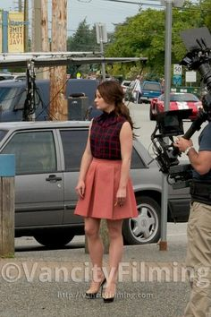 """Belle's Librarian look - Once Upon a Time.  I took note of how they pulled her hair into that semi bun for the """"librarian"""" scene.  {r}"""