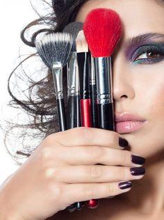 Idée photo Hair Loss Treatments for men Hair Loss In Men With hair loss in men, hair at the temples Makeup Tips, Beauty Makeup, Eye Makeup, Liquid Makeup, Makeup Artist Quotes, Makeup Poster, Makeup Wallpapers, Photoshoot Makeup, Photo Makeup