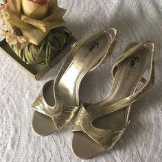 SALE! Beautiful dress sandals New, never worn, excellent condition , gold color Shoes Sandals