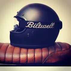 Bitwell cafe racer helmet