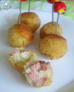 Crocchette di wurstel e patate,ricetta economica buonissime,sfiziose,economiche e di sicuro successo