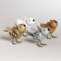šiška, drátek na nohy, karton na křídla a polystyrenová kulička nebo vetší dřevěný korálek na hlavičku