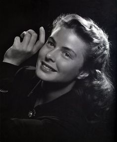 Ahhh...Ingrid Bergman.  You may all talk among yourselves as I longingly gaze into that face. It is the definition of loveliness. The lighting is just right.  The skin, the hair, the cheeks, the smile, all perfect.  Ingrid, in her youth, photographed like a luminous angel.  L.M. Ross