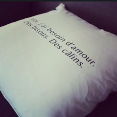 """Coussin ALF pour Cupichon """"Moi, j'ai besoin d'amour. Des bisous. Des câlins."""" #cushion #pillow #homemade #handmade  #indoor #lifestyle"""