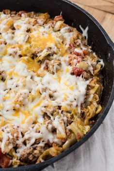 This One Pan Cabbage Casserole is a low carb, easy dinner ready in 30 minutes! This One Pan Cabbage Casserole is a low carb, easy dinner ready in 30 minutes! Fall Dinner Recipes, Low Carb Dinner Recipes, Keto Dinner, Dinner Ideas, Potluck Recipes, Fall Recipes, Meal Ideas, Cabbage Casserole, Keto Casserole