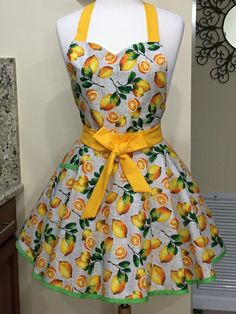 Baking Apron, Cute Aprons, Apron Designs, Bias Tape, Stripe Skirt, Bridal Shower, Baby Shower, Cute Woman, Sewing Clothes
