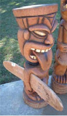 the surf board is a neat feature Tree Carving, Wood Carving, Tiki Man, Tiki Tiki, Arte Bar, Rockabilly Art, Tiki Statues, Tiki Bar Decor, Tiki Totem