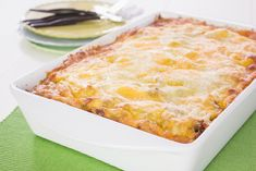 Brunch is one of my favorite meals. Maybe it's because it's usually reserved for special occasions or lazy Sunday's, or maybe because it's the best of both breakfast and lunch rolled into one. If you're looking for a brunch recipe that is totally fulfilling and easy to make, try this make-ahead egg breakfast bake from Cutco graphic designer Rachel Blovsky. The best part is that you make this the night before and bake it the next day. For more spring recipes and tips download our Free Guide…