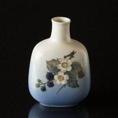 See Vase with blackberries at Danish Porcelain House. Royal Crown Derby, Japanese Porcelain, Royal Copenhagen, Blackberries, Porcelain Vase, Red White Blue, Danish, Vines, Floral Design
