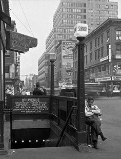 8th Avenue Subway New York 1935 (later known as the A train) Photo: Anonymous
