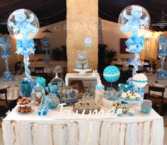 Sweet table teddy bears & balloons by Atelier Pastry Fork