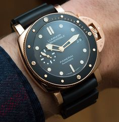 Panerai Luminor Submersible 1950 3 Days Automatic Acciaio and Oro Rosso Watches Hands-On find that perfect wrist watch here today! Luminor Watches, Movado Mens Watches, Panerai Radiomir, Timex Watches, Men's Watches, Latest Watches, Fashion Watches, Dream Watches, Luxury Watches