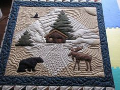 I love the way the quilting does the background. It looks like wind, sun rays, walkway and ground. Great job!    Originally pinned by Lynette Caulkins onto Quilts - Quilting that Amazes or Pleases. Moose Quilt, Wildlife Quilts, Quilt Stitching, Applique Quilts, Patch Quilt, Small Quilts, Mini Quilts, Machine Quilting Designs, Quilting Ideas