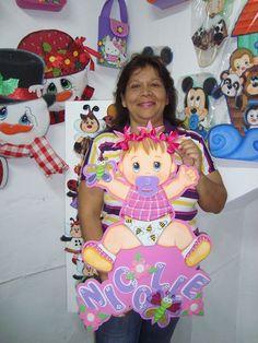 BEBA TAMAÑO Foam Crafts, Baby Crafts, Baby Shower Themes, Baby Boy Shower, Styrofoam Art, Moldes Para Baby Shower, Shower Box, Baby Shower Souvenirs, Birthday Cheers