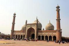 10 Top Destinations that Capture India's Diverse Charm: Monuments: Delhi