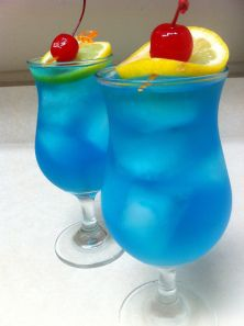 Electric Iced Tea cocktail.....this looks delicious!