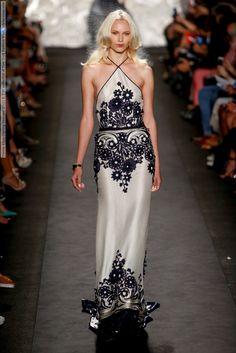 Naeem Khan (Spring-Summer 2015) R-T-W collection at New York Fashion Week  #AjakDeng #AlishaJudge #AnneSophieMonrad #BaraHolotova #BettyAdewole #BrendaKranz #ChenLin #EsteeRammant #EveDelf #EvelinaSriebalyte #HelenMcCusker #HeriethPaul #JosefienRodermans #KatSiegmund #LeafZhang #LeandraMartin #LeomieAnderson #LucievonAlten #MurielBeal #NaeemKhan #NewYork #PaulaMulazzani #RinaKaruna #SannaBackstrom #SarahJade #SveaKloosterhof #ValeriaDmitrienko #YuliaKharlapanova