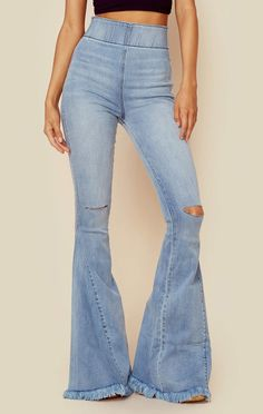 Show me your mumu berkley bells Bell Bottom Pants, Bell Bottoms, Lace Jeans, Diy Jeans, Beautiful Outfits, Cute Outfits, California Outfits, Hippie Outfits, Star Fashion