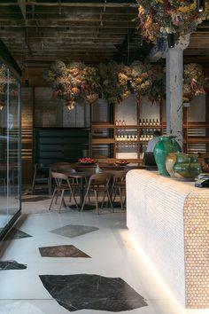 Fottutamente bello. It's Italian for fucking BEAUTIFUL. We look inside the new Amano eatery: