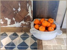 Painted planks and pumpkins...