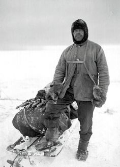 Captain Robert Falcon Scott Naval officer and polar explorer, arguably the most pioneering British explorer of The Heroic Age of Antarctic Exploration.He reached the South pole on the 17 January 1912 and died during return journey. Robert Falcon Scott, Robert Scott, Captain Scott, Roald Amundsen, Arctic Explorers, Heroic Age, Rare Pictures, Poster Prints, Art Print