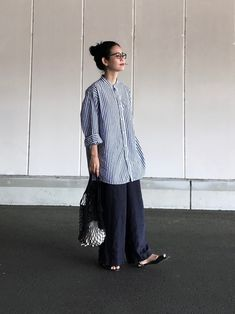 In terms of elegant summer season attire, there are loads of looks to select from, but always sophisticated is trendy. Japanese Minimalist Fashion, Minimal Fashion, Japanese Fashion, Korean Fashion, Japan Fashion Casual, Modest Fashion, Mode Outfits, Fashion Outfits, Womens Fashion