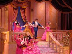 Segundo informou o site WDW News Today a Disney já está selecionando artistas para o espetáculo Beauty and the Best - Live on Stage apresentado no parque Disney's Hollywood Studios.
