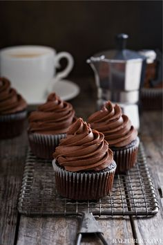 Chocolate vegan cupcakes that are super easy to make, paired with chocolate  fudge frosting! I created this plant-based dessert recipe for...