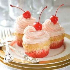 Shirley Temple Cupcakes | 19 Lovely Cupcakes To Make This Valentine's Day