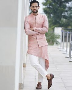men outfits - Exclusive Saina Nehwal & Parupalli kashyap's Wedding Pictures Mens Indian Wear, Mens Ethnic Wear, Indian Men Fashion, Mens Fashion Wear, Groom Fashion, India Fashion Men, Men Wear, Women's Fashion, Indian Groom Dress