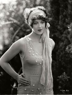 Natalie Kingston, 1927, in classic flapper attire.