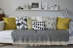 Cute sofa styling